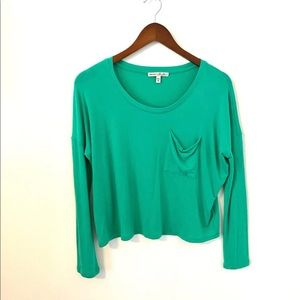 Green express one eleven pocket tee XS